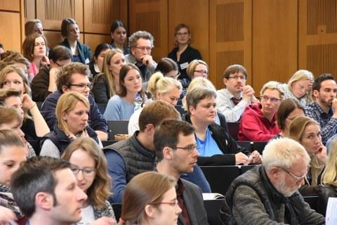 Teilnehmer im Hörsaal